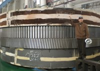 Jia Yibin, Project Manager of Citic, with mill ring gear